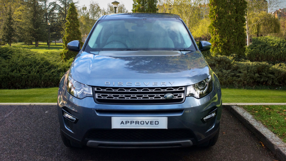 Land Rover Discovery Sport 2 0 Td4 180 Se Tech 5dr 5 2