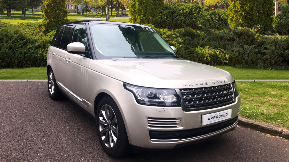 Land Rover Range Rover 3.0 TDV6 Vogue 4dr - Sliding Panoramic Roof - Privacy Glass - Tow Bar -  Diesel Automatic 5 door Estate (2014) image