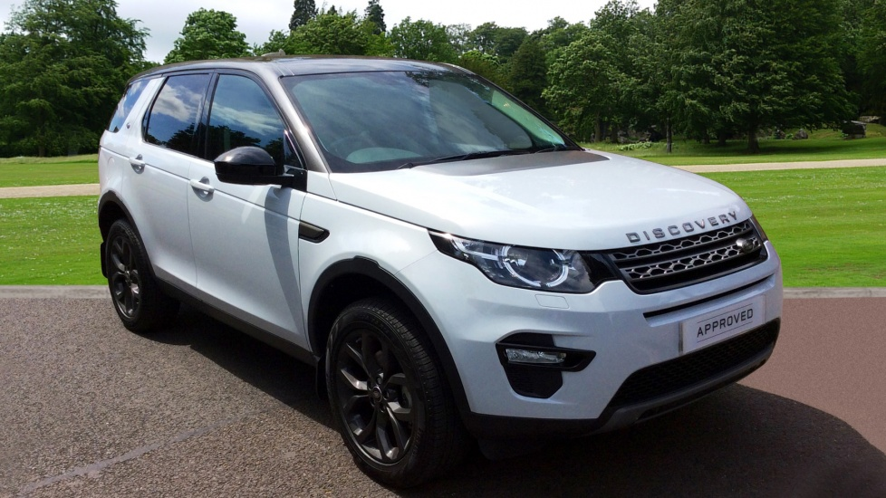 land rover discovery sport 2 0 td4 180 se tech 5dr panoramic roof diesel 4 door 4x4 2017. Black Bedroom Furniture Sets. Home Design Ideas