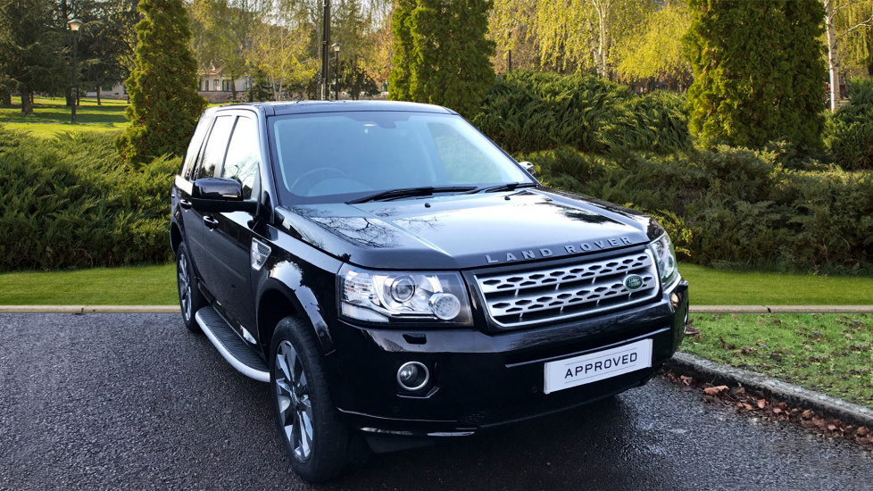 Land Rover Freelander 2.2 SD4 HSE LUX 5dr + Panoramic Roof Diesel Automatic Hatchback (2014) image