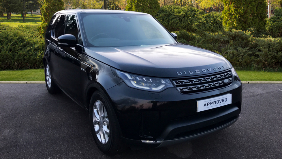 Land Rover Discovery 3.0 TD6 SE 5dr - 7 Seats - Panoramic Roof Diesel Automatic 4x4 (2017) image