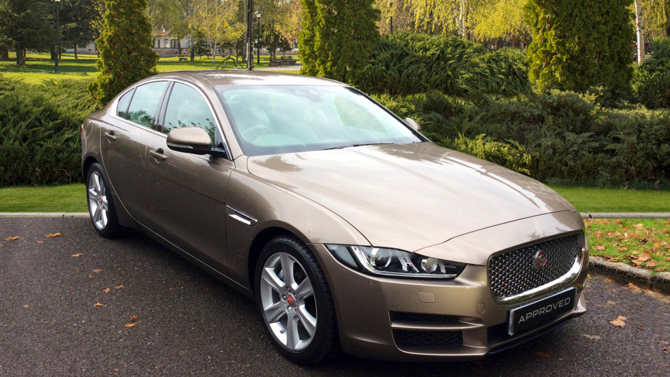 Jaguar XE 2.0d [180] Portfolio 4dr - Great Colour Combo -  Diesel Automatic Saloon (2017) image
