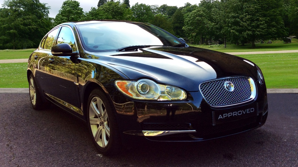 Jaguar XF 3.0d V6 Luxury Diesel Automatic 4 door Saloon (2009) image