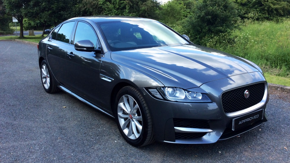 jaguar xf 180 r sport diesel automatic 4 door saloon 2017 en66xfy in stock jaguar. Black Bedroom Furniture Sets. Home Design Ideas