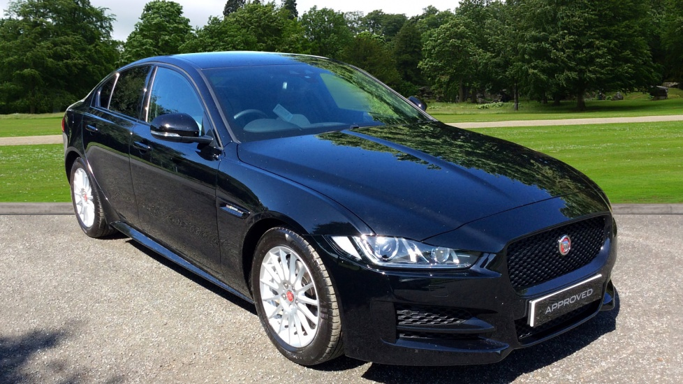 jaguar xe r sport diesel automatic 4 door saloon. Black Bedroom Furniture Sets. Home Design Ideas