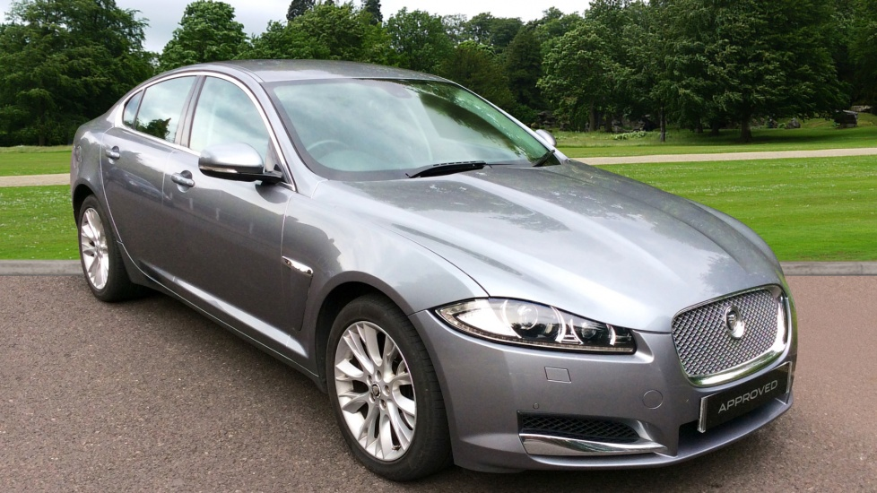 Jaguar XF 3.0d V6 Luxury Diesel Automatic 4 door Saloon (2012) image