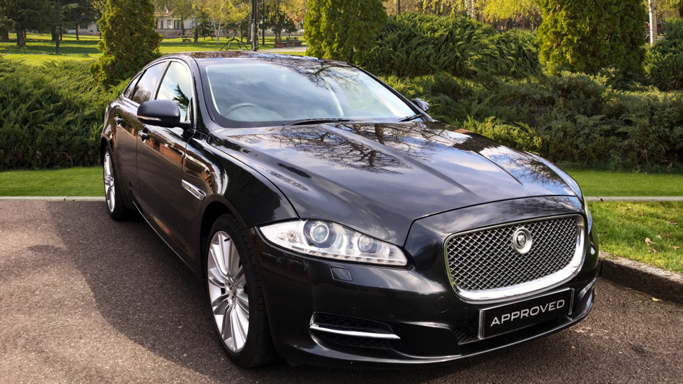 Jaguar XJ 3.0d V6 Premium Luxury [8] + Panoramic Roof - Privacy Glass -  Diesel Automatic 4 door Saloon (2013) image