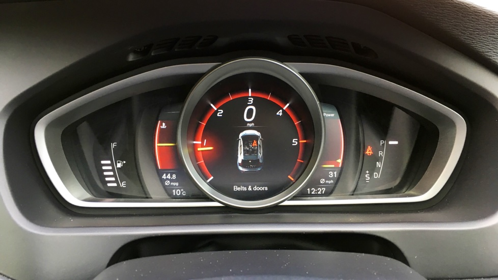 Volvo V40 D3 Inscription - Satellite Navigation - Winter Pack - Xenium Pack
