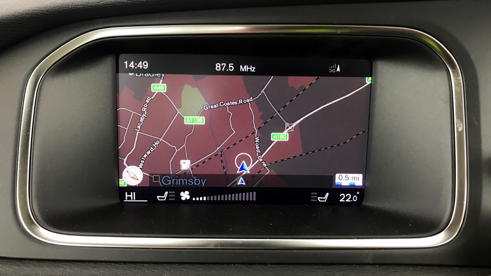 Volvo V40 D4 Inscription - Satellite Navigation - Winter Pack - Xenium Pack