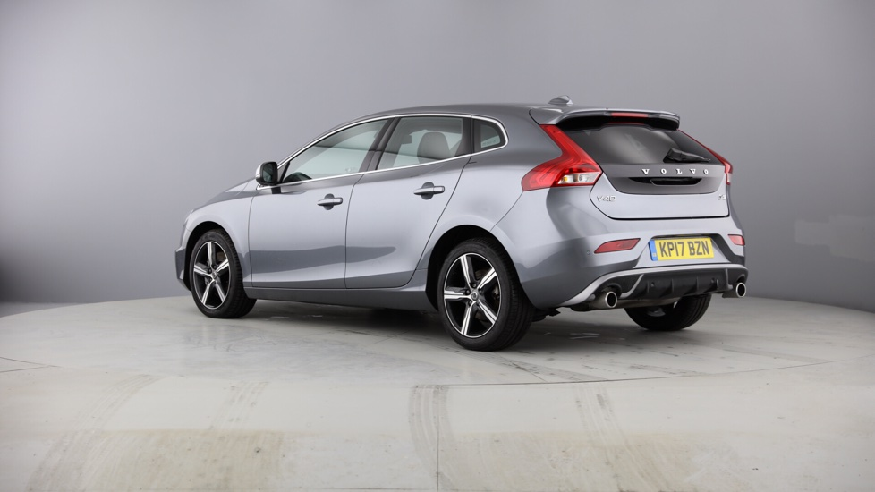 Volvo V40 D4 R-Design Manual Intellisafe Pro Pack, Winter Pack, Rear Park Assist