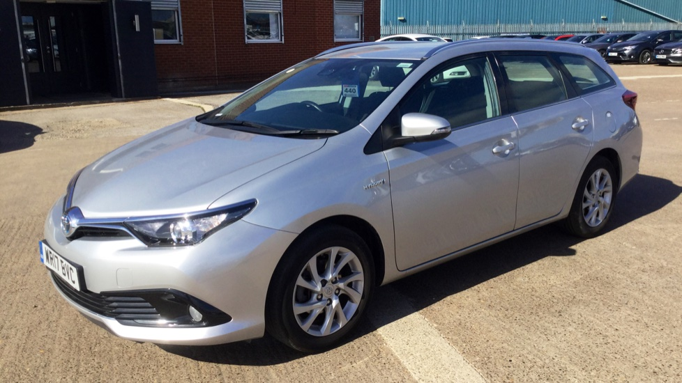Toyota Auris 1 8 Hybrid Business Edition Tss 5dr Cvt