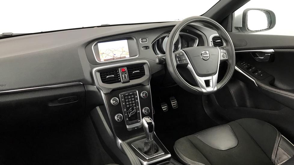 Volvo V40 D3 R-DESIGN NAV PLUS 5 door