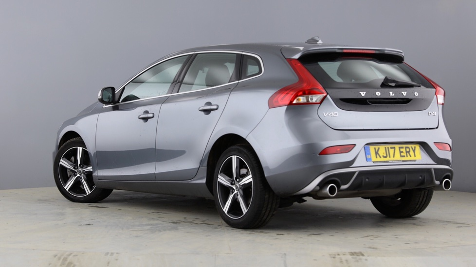 Volvo V40 D4 R-Design Manual Nav Plus+ WINTER PACK + TEMPA SPARE WHEEL KIT