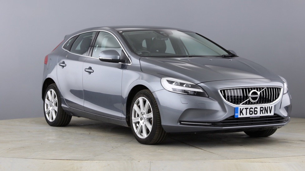 Volvo V40 D3 Inscription Automatic with Sensus Navigation & Heated Front Seats