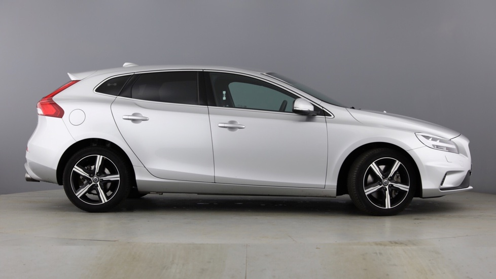 Volvo V40 D3 R-Design Automatic Nav Plus WINTER PACK, CITY SAFETY, REAR PARK ASSIST