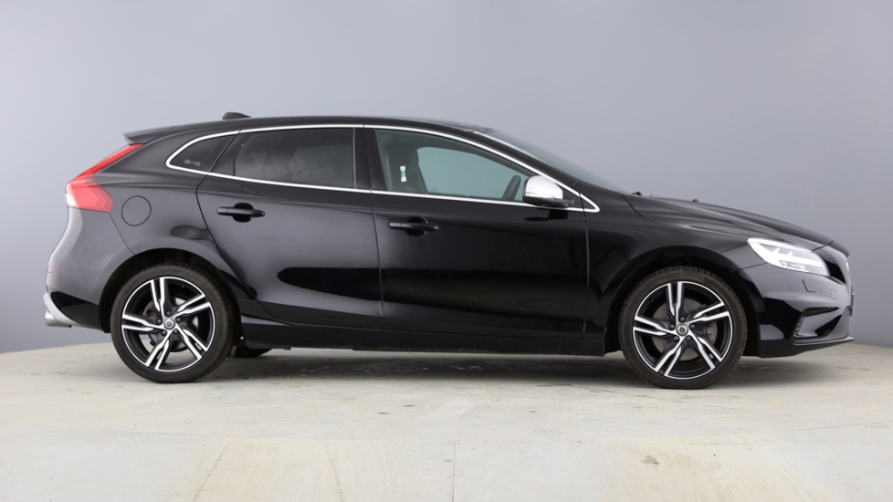 Volvo V40 D2 R-Design Pro Automatic Winter Pack, Rear Tints, Leather,18inch Ixion's