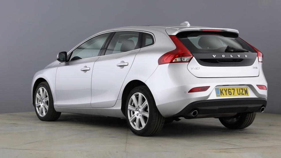 Volvo V40 D3 Inscription Automatic with Xenium Pack