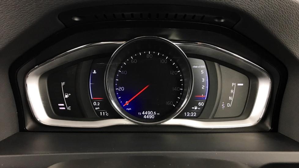 Volvo S60 D4 R-Design Lux Nav Automatic (Rear Park Assist, Bluetooth, DAB Sat Nav)