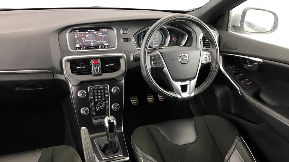 Volvo V40 D3 R-Design Manual Nav Plus (Sat Nav, Bluetooth)