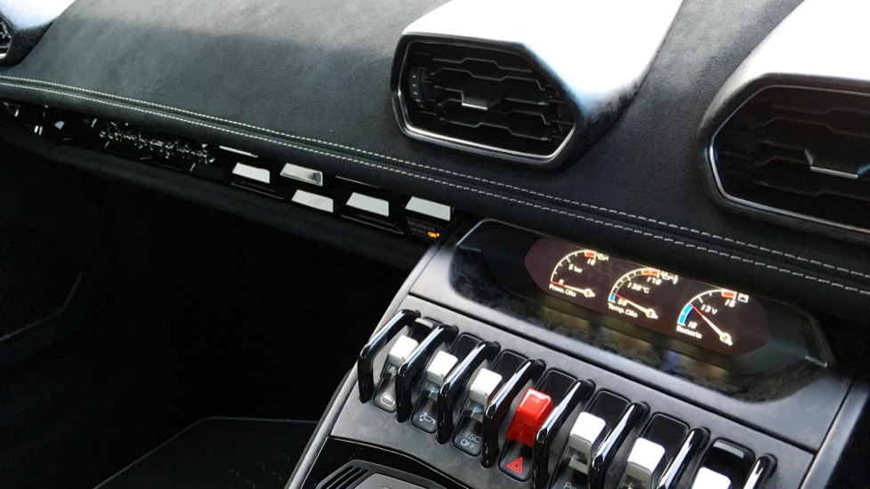 Lamborghini Huracan LP 640-4 Performante 2dr LDF image 16