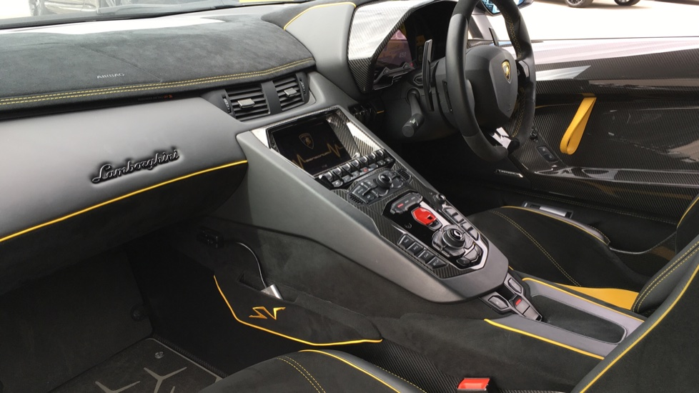 Lamborghini Aventador SV LP 750-4 Roadster Superveloce 2dr ISR image 5