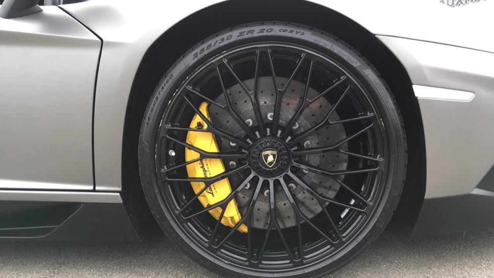 Lamborghini Aventador SV LP 750-4 Roadster Superveloce 2dr ISR image 8