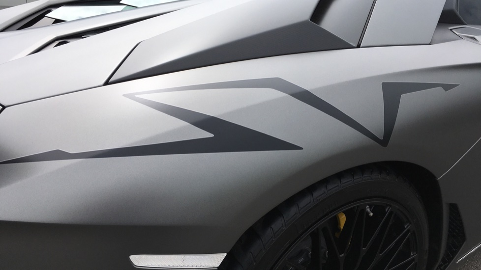 Lamborghini Aventador SV LP 750-4 Roadster Superveloce 2dr ISR image 10