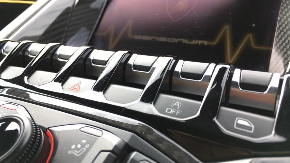 Lamborghini Aventador SV LP 750-4 Roadster Superveloce 2dr ISR image 13