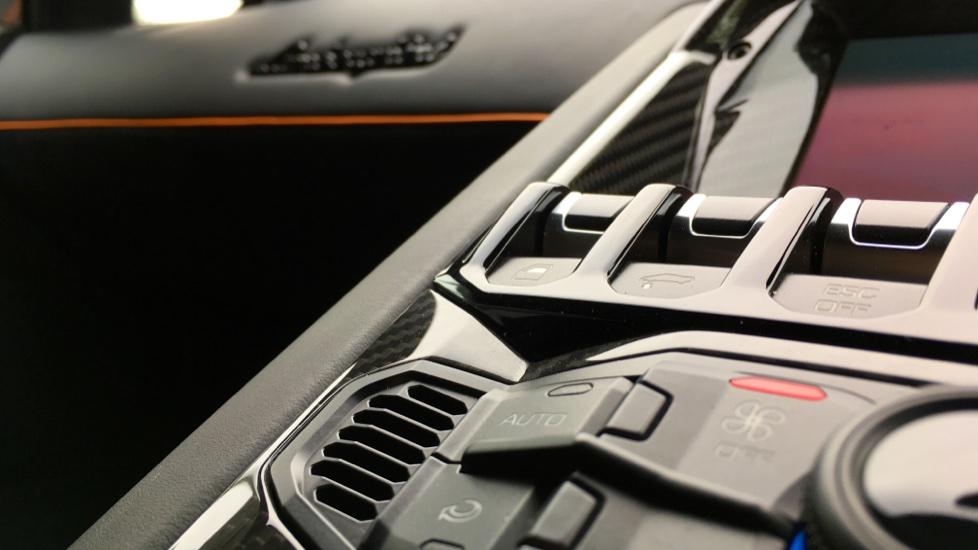 Lamborghini Aventador SV LP 750-4 2dr ISR image 21