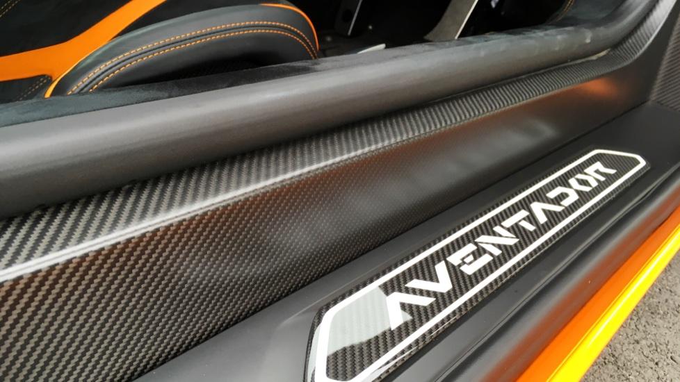 Lamborghini Aventador SV LP 750-4 2dr ISR image 23