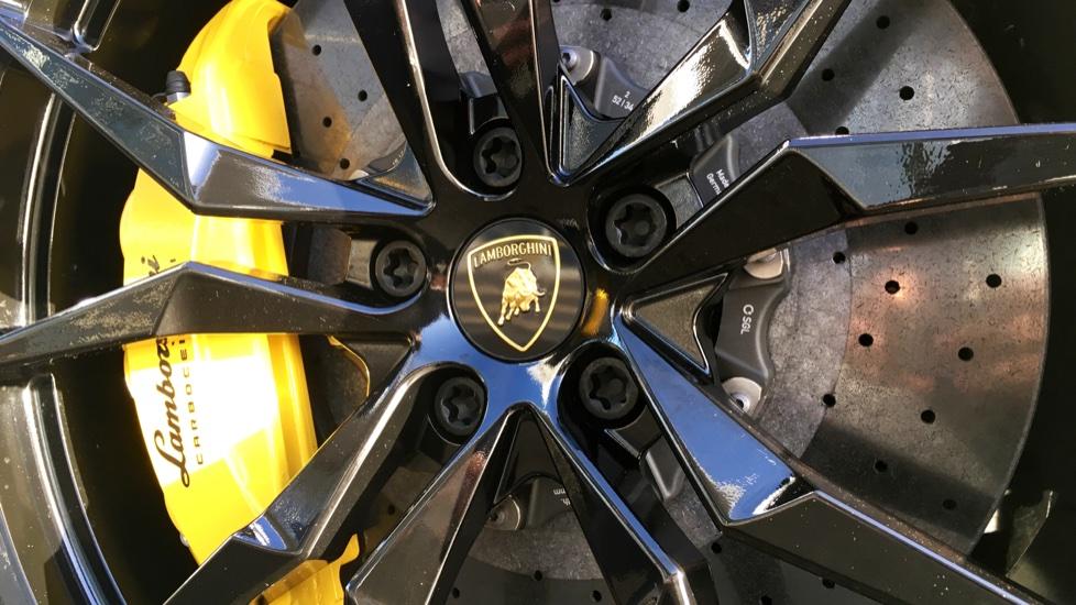 Lamborghini Aventador S Roadster LP 740-4 S 2dr ISR image 10
