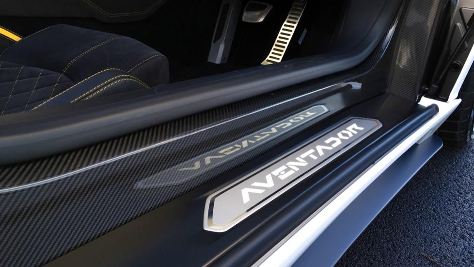 Lamborghini Aventador S Roadster LP 740-4 S 2dr ISR image 19