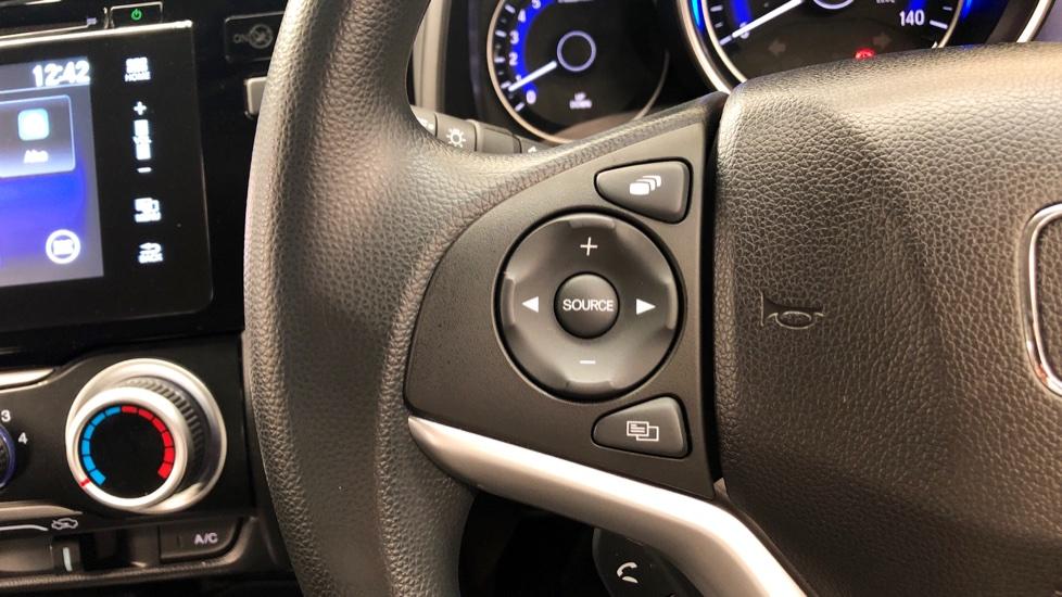 Honda Jazz 1.3 i-VTEC SE 5dr image 18