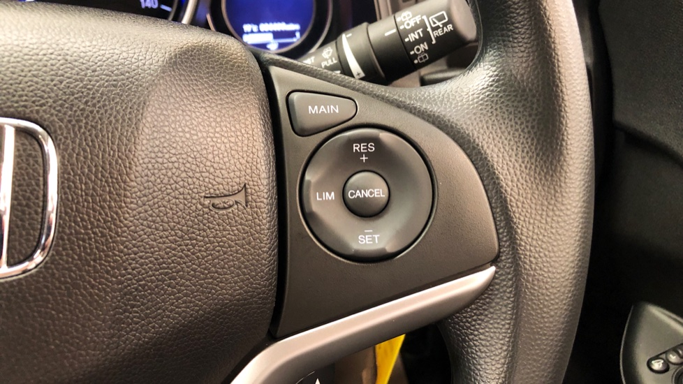 Honda Jazz 1.3 i-VTEC SE 5dr image 19