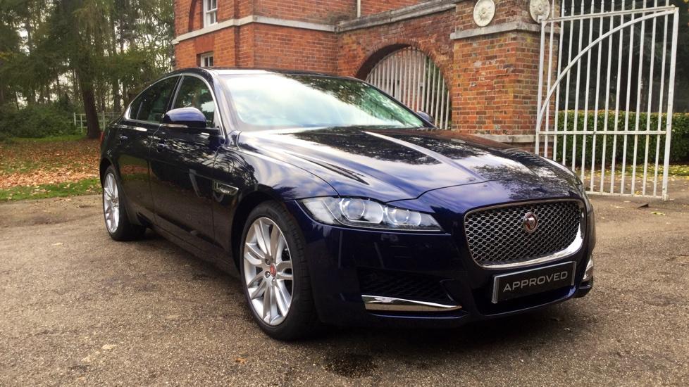 Jaguar XF 3.0d V6 Portfolio Diesel Automatic 4 door Saloon (2017)
