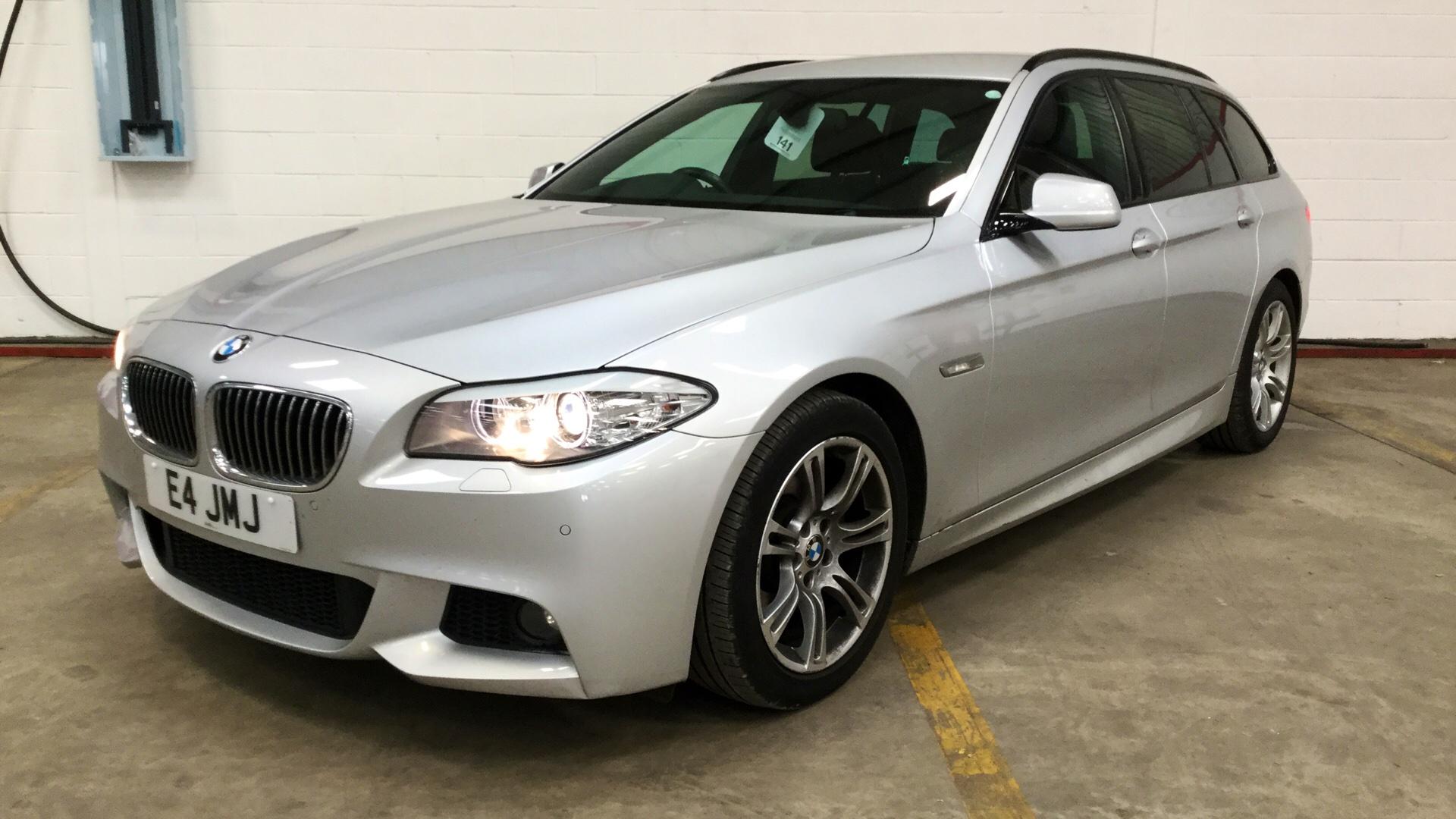 BMW 5 Series: Engine stop