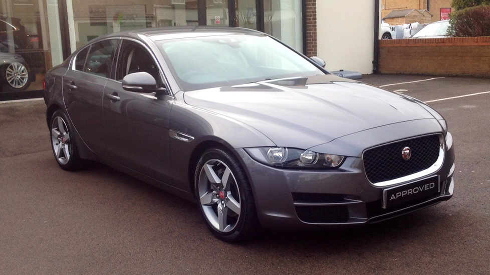 Jaguar XE 2.0d [180] Prestige Parking Pack and Upgraded Alloys Diesel Automatic 4 door Saloon (2016) image