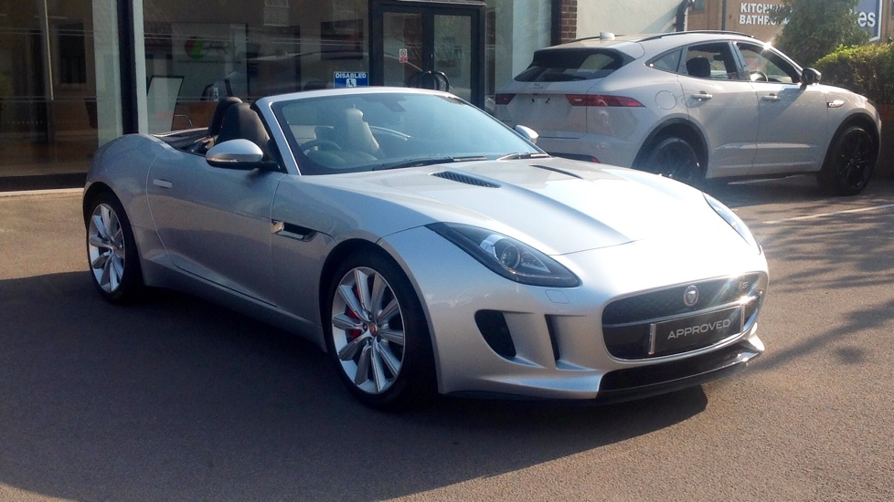 Jaguar F-TYPE 3.0 Supercharged V6 S 2dr High Spec Automatic Convertible (2015)
