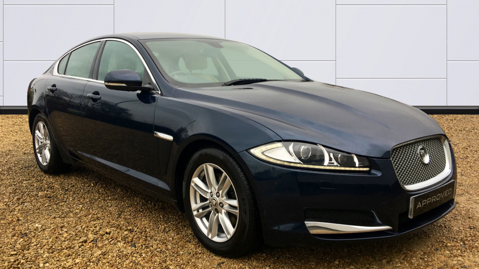 Jaguar XF 2.2d [163] Luxury Diesel Automatic 4 door Saloon (2013) image