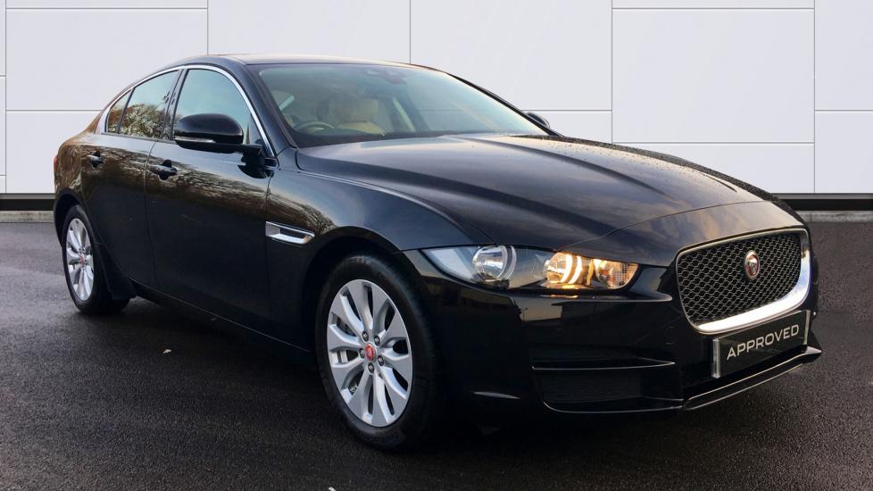 Jaguar XE 2.0d SE 4dr Diesel Saloon (2015) image