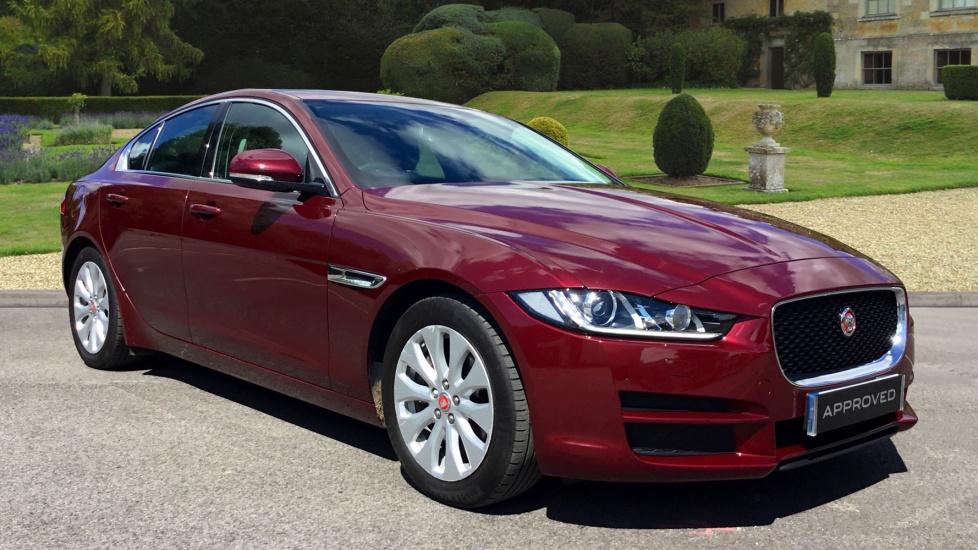 Jaguar XE 2.0d Portfolio Diesel Automatic 4 door Saloon (2015)