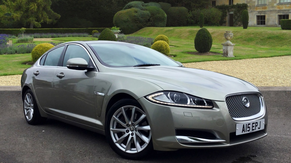 Jaguar XF 2.2d Premium Luxury Diesel Automatic 4 door Saloon (2011) image
