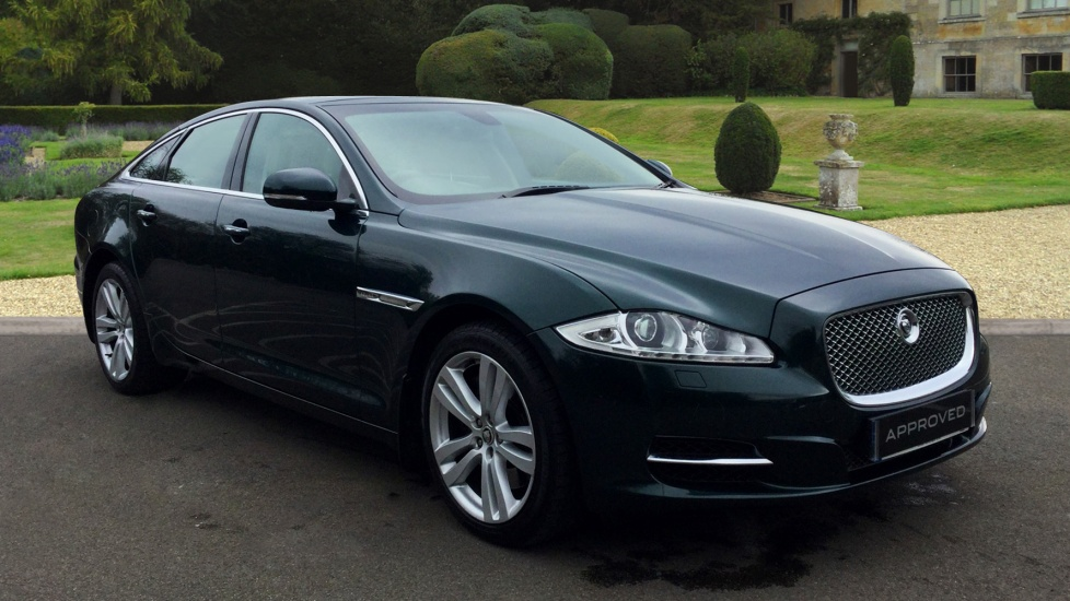 Jaguar XJ 3.0d V6 Premium Luxury Diesel Automatic 4 door Saloon (2012) image