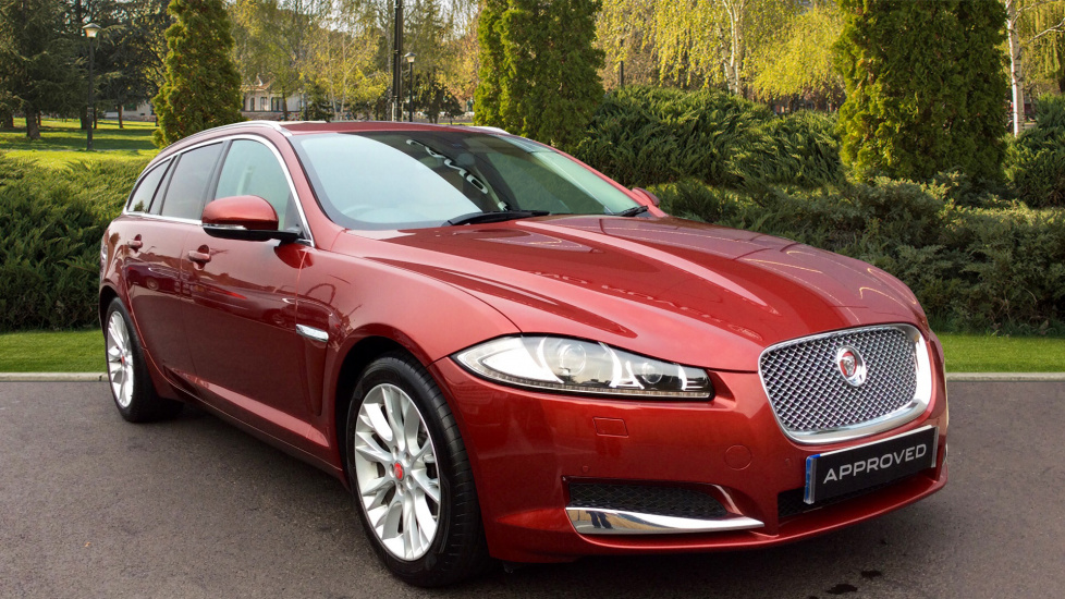 Jaguar XF 2.2d [200] Luxury 5dr Diesel Automatic Estate (2014) image