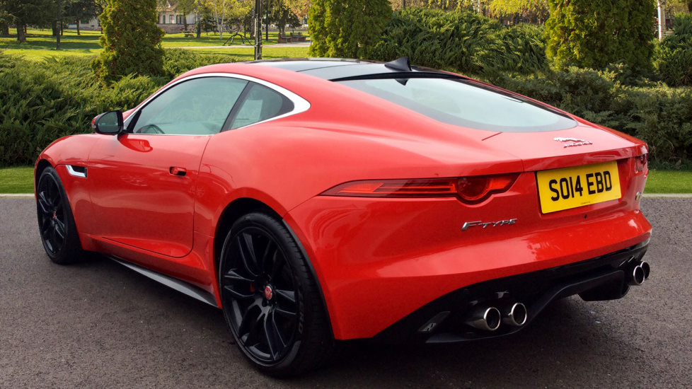 Jaguar F-TYPE Coupe 5.0 Supercharged V8 R 2dr Auto image 2