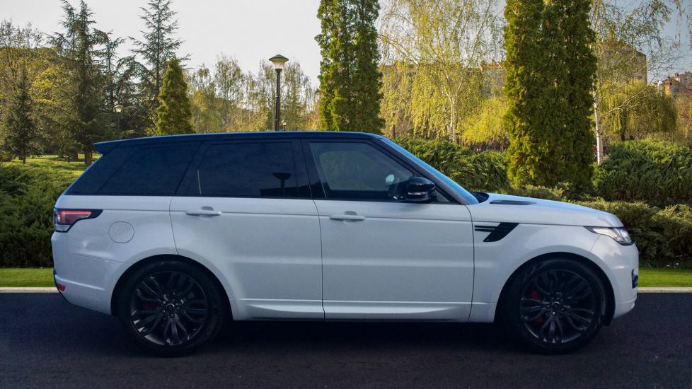 land rover range rover sport 3 0 sdv6 306 hse dynamic 5dr diesel automatic 4x4 2017 ls67vko. Black Bedroom Furniture Sets. Home Design Ideas
