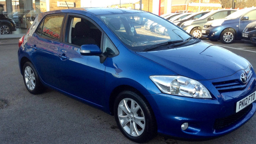 used toyota auris 1 3 colour collection 189961011 chorley wigan chorley nissan. Black Bedroom Furniture Sets. Home Design Ideas