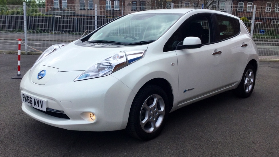 used nissan leaf acenta 24kw 181131011 chorley wigan. Black Bedroom Furniture Sets. Home Design Ideas