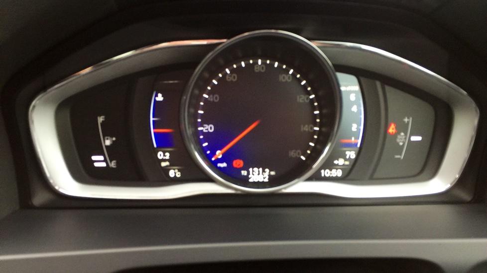 Volvo S60 T4 (190hp) R-Design Lux Nav Manual, Winter Pack, Nav, Volvo On Call, Xenons, Rear Sensors, DAB, Cruise, Bluetooth