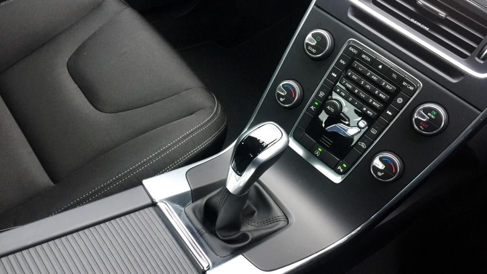 Volvo S60 D2 (120hp) Business Edition Manual, Sensus Nav, Rear Sensors, Winter Pack, Cruise, Bluetooth, DAB, 16' Alloys & MORE